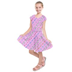 Chaffyyami Nurse Desktop Kids  Short Sleeve Dress by Nexatart