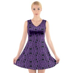 Triangle Knot Purple And Black Fabric V Neck Sleeveless Skater Dress by BangZart