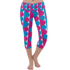 Pink And Bluedots Pattern Capri Yoga Leggings
