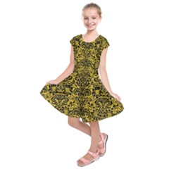 Damask2 Black Marble & Yellow Denim Kids  Short Sleeve Dress by trendistuff