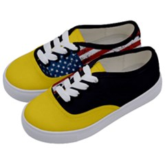 Gadsden Flag Don t Tread On Me Kids  Classic Low Top Sneakers by gooomega