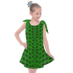 Forest Flowers In The Green Soft Ornate Nature Kids  Tie Up Tunic Dress
