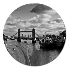 River Thames Waterfall Extra Large Sticker Magnet (round)