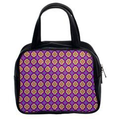 Purple Decorative Quatrefoil Classic Handbag (two Sides)