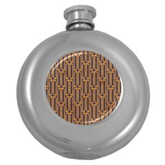 Chains Abstract Seamless Round Hip Flask (5 Oz) by Simbadda